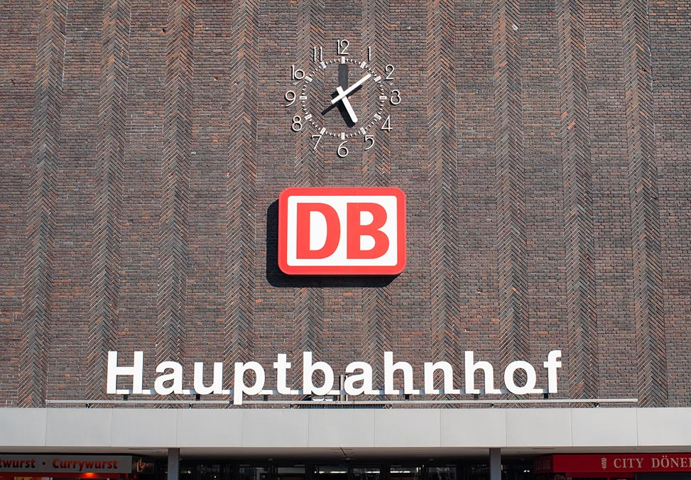 duisburg hbf front