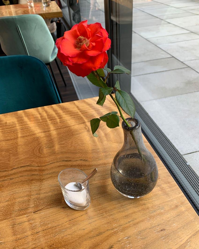 cafe edda rose